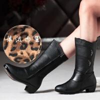 中老年防滑中筒靴秋冬女士皮靴中跟粗跟妈妈棉鞋大码女靴子