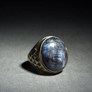 银托镶嵌蓝宝石戒指
