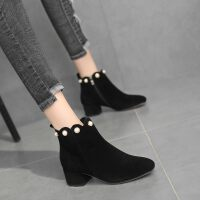 短靴女春秋单靴欧美绒面粗跟中跟靴子女2019秋款时尚珍珠马丁靴女 黑色