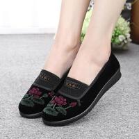 老北京布鞋妇女鞋中老年人妈妈春秋女鞋休闲软底平跟奶奶单鞋