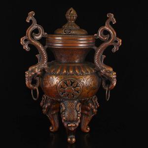 全铜打造三足鼎立香薰炉摆件
