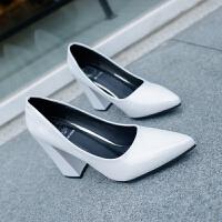 2019春季新款韩版尖头鞋漆皮女鞋浅口单鞋粗跟高跟鞋女工作鞋