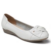 女豆豆鞋大码女单鞋蝴蝶结真皮软妈妈鞋平底春季软牛皮中老年女鞋