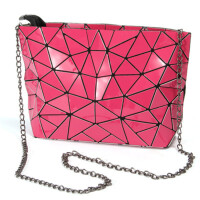 茉蒂菲莉 女包 2020新品链条潮流日本同款折叠几何漆皮PU菱格日式时尚单肩斜跨包