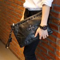 男士手包新款休闲软皮手包 韩版手拿包 时尚男女手包信封包单肩斜跨包潮包 黑色