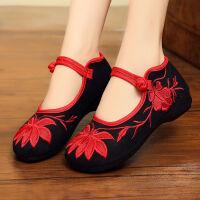 民族风绣花鞋老北京布鞋女平底跳舞鞋妈妈鞋广场舞蹈鞋绑带绣花鞋