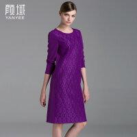 颜域品牌女装2017夏装新款欧美格纹复合蕾丝拼长袖领圈连衣裙女
