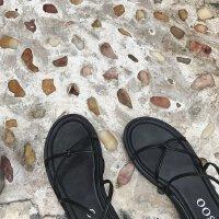 韩国 显白 简约交叉露趾绑带平底凉鞋罗马鞋女鞋夏