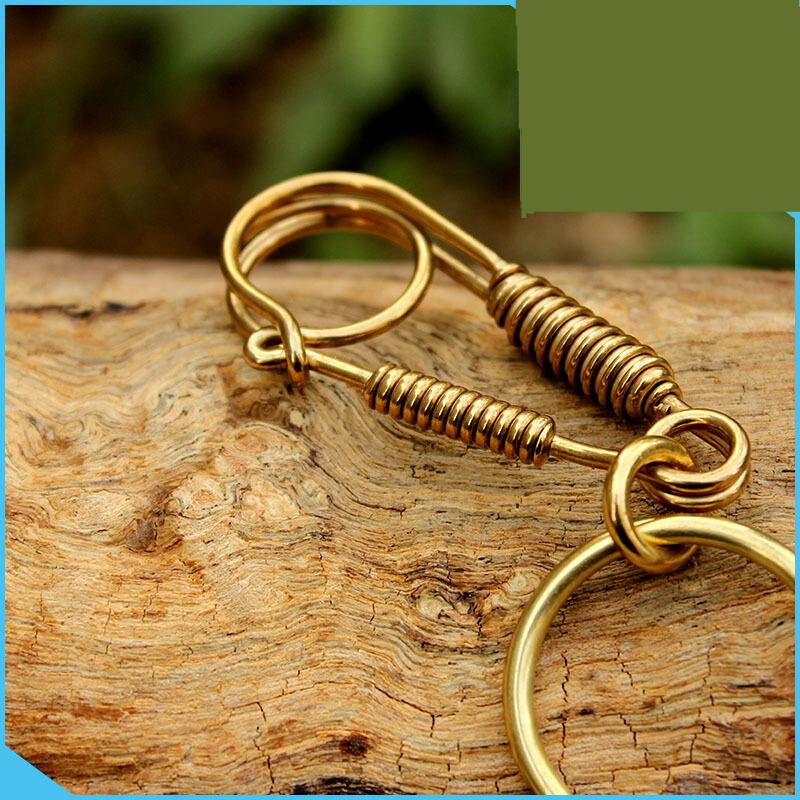 手工黄铜钥匙扣简约创意男女士钥匙扣铜手工钥匙扣创意礼品 发货周期:一般在付款后2-90天左右发货,具体发货时间请以与客服协商的时间为准