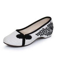 老北京布鞋复古盘扣汉服舞蹈鞋绣花鞋配旗袍的鞋民族风女单鞋