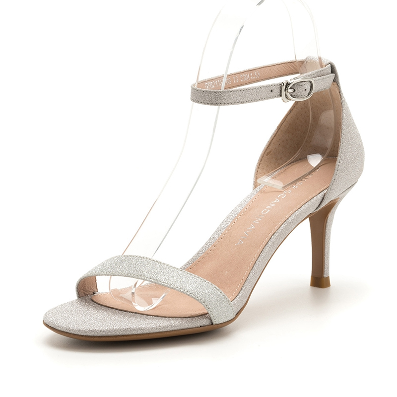 D:Fuse/迪芙斯细中跟牛皮包跟露趾一字扣银色凉鞋女DF82115268