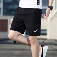 幸运叶子 Nike/耐克男裤春季新款宽松舒适透气休闲裤跑步健身梭织运动短裤CU4946-010