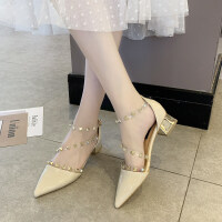 夏季2019新款凉鞋女欧式潮流铆钉软带中跟凉鞋包头粗跟一字扣百搭