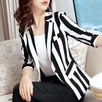 条纹小西装外套女时尚大码2019夏季修身显瘦收腰薄款短款上衣 黑白条纹 8006