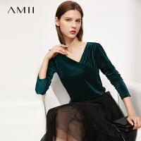 Amii极简优雅天鹅绒长袖T恤女2021秋新款不规则V领修身上衣