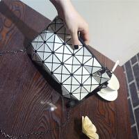 女士包包韩版新款几何菱格链条包亮片镭射小包包单肩斜跨包潮
