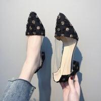鞋子女学生韩版圆点透明高跟鞋粗跟2019春季新款尖头中跟百搭单鞋浅口百搭时装鞋低帮女士小皮鞋大小码鞋