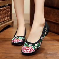 老北京布鞋女休闲单鞋坡跟平底民族风绣花鞋复古刺绣大码妈妈布鞋