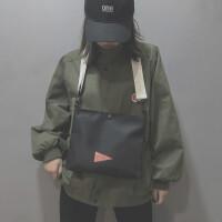 包包女斜跨蹦迪运动黑包