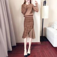 针织连衣裙女秋冬季2018新款过膝毛衣搭配裙子两件套装加厚打底裙 棕色