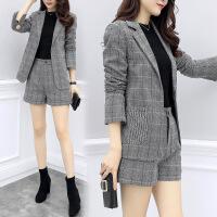 秋冬季2018新款女时髦格子职业西装高腰短裤套装韩版时尚两件套
