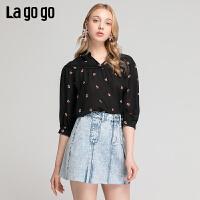 Lgogo/拉谷谷2019夏季新款灯笼袖V领宽松印花上衣女IASS405A15