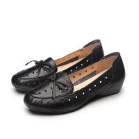 妈妈凉鞋夏季中老年女鞋软底平跟平底洞洞鞋镂空大码单鞋