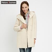 美特斯邦威女冬季带帽宽松版大衣外套239737