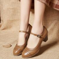 娜箐箐圆头低帮单鞋女粗跟复古布洛克雕花女鞋