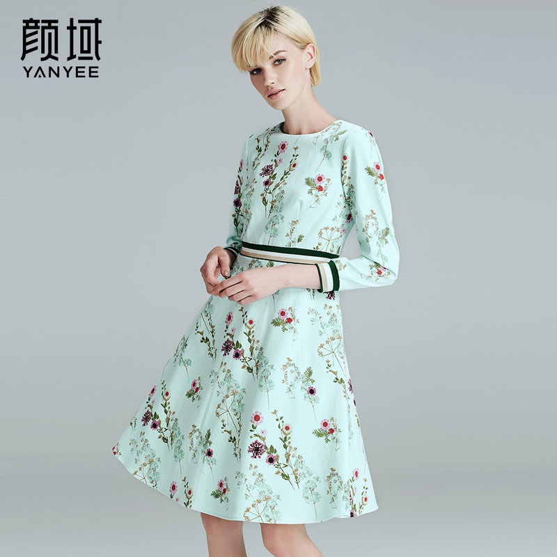 颜域品牌女装2018春夏新款欧美优雅圆领九分袖针织中长款连衣裙秋梭织面料 拉链设计
