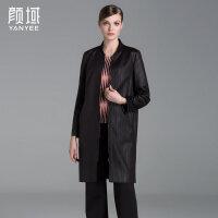 颜域品牌女装2017秋冬新款欧美时尚格纹棒球领开衫中长款风衣外套
