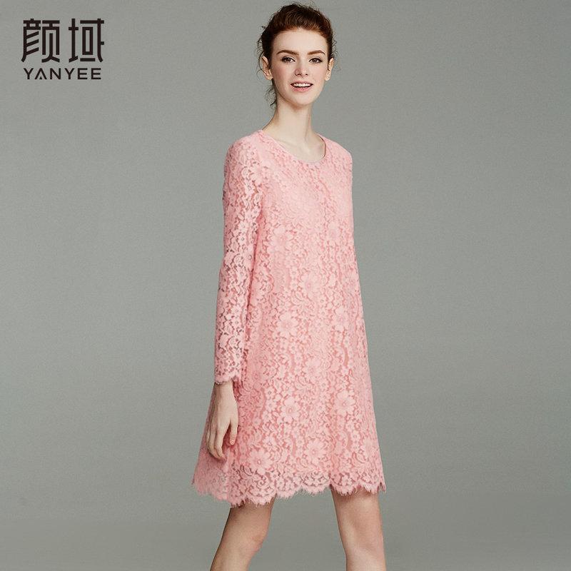 颜域品牌女装2018春夏新款欧美七分袖礼服中长款凸花蕾丝连衣裙精美花朵蕾丝  彰显优雅姿态