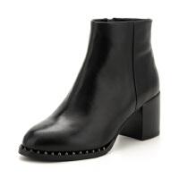 St&Sat/星期六铆钉圆头粗高跟靴子女短靴SS74116535