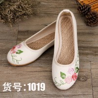 新款简约老北京布鞋平底民族风绣花女单牛筋汉服鞋旗袍复古舞蹈鞋 1019 白色 刺绣玫瑰