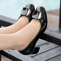 大东同款同款女鞋2019新款时尚单鞋女学生百搭中跟粗跟牛筋底工作鞋