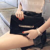 【2折到手价79.8】2019新品女士韩版个性信封包手拿包时尚百搭单肩斜挎包BW1192411