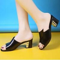 大东同款34-40码软皮夏季新款女凉拖鞋时尚中跟女士粗跟一字拖水钻凉鞋女