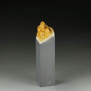 寿山巧色山秀园石 精雕诗人醉酒印章 p3118