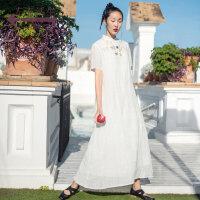 生活在左2019春夏季新款时装周米白色亚麻连衣裙女文艺绣花裙子