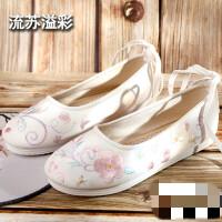 老北京布鞋绣花鞋女古风鞋学生古装汉服鞋名族风平底防滑鞋子