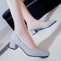 春季新款尖头高跟鞋韩版时尚粗跟浅口亮片单鞋中跟女鞋工作鞋瓢鞋