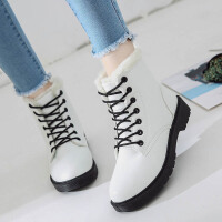 2019冬季新款韩版马丁短靴冬鞋短筒雪地女鞋网红学生加绒百搭棉鞋