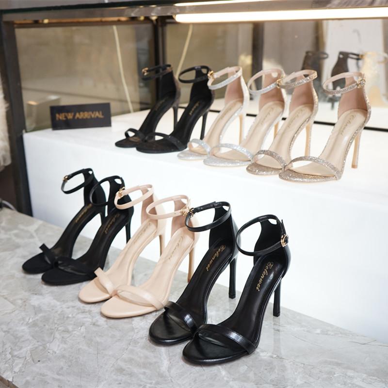 凉鞋女2019新款露趾细跟百搭一字带扣chic黑色高跟鞋小码
