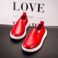 2019春夏新款童鞋黑色�和��涡��底防滑耐磨板鞋男童皮鞋�n版豆豆鞋����鞋表演出�Y�x鞋�涡�校�@�W生鞋