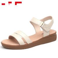 奥康女鞋坡跟凉鞋女夏季新款平底舒适防滑中老年妈妈凉鞋