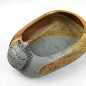 梁成劲作品 珍贵石质木纹 收藏 《灵龟》笔洗 高级工艺美术师