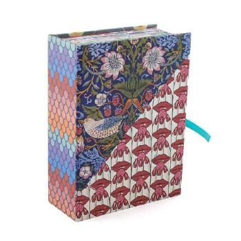 英文原版 维多利亚和阿尔伯特博物馆纹样:100张明信片 V&A 艺术礼品书 V&A Pattern: 100 Postcards