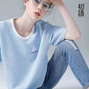 初语 夏装新品 圆领天蓝色短袖T恤女刺绣文艺休闲宽松大码上衣潮