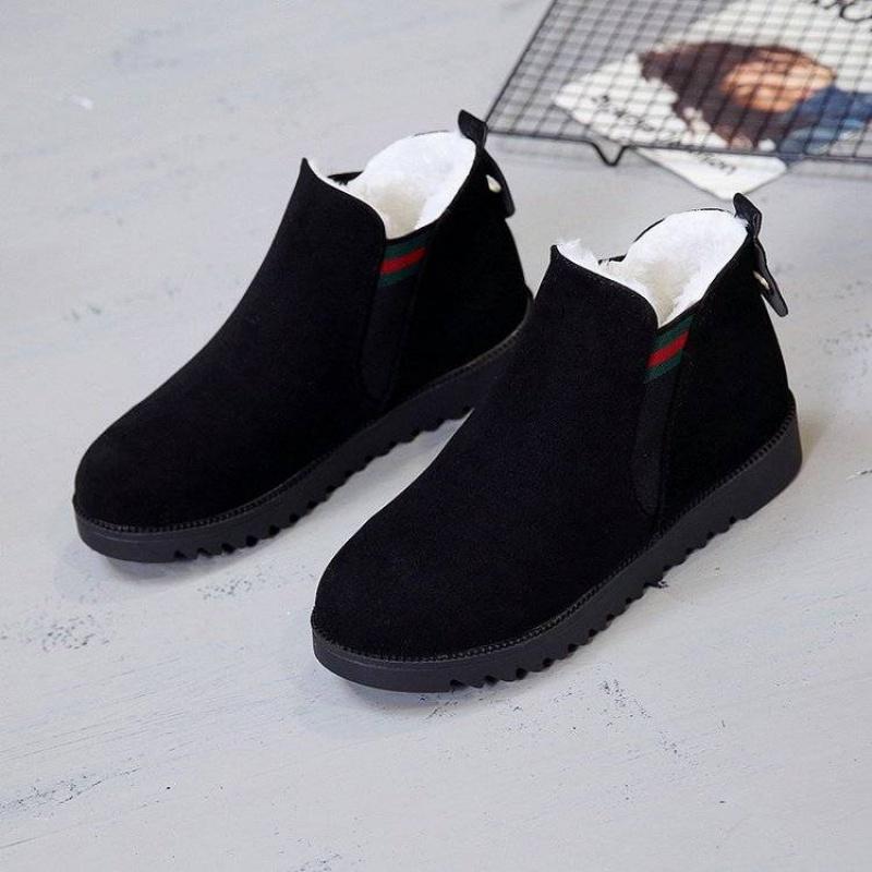 女鞋靴子2019秋冬新款韩版加绒短靴短筒雪地靴复古马丁靴豆豆鞋