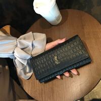 钱包女长款2018新款皮钱包女大容量软牛皮搭扣简约多功能手拿包